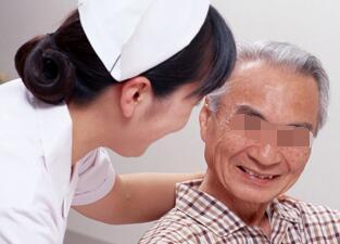 武汉肢端白癜风容易治疗吗?
